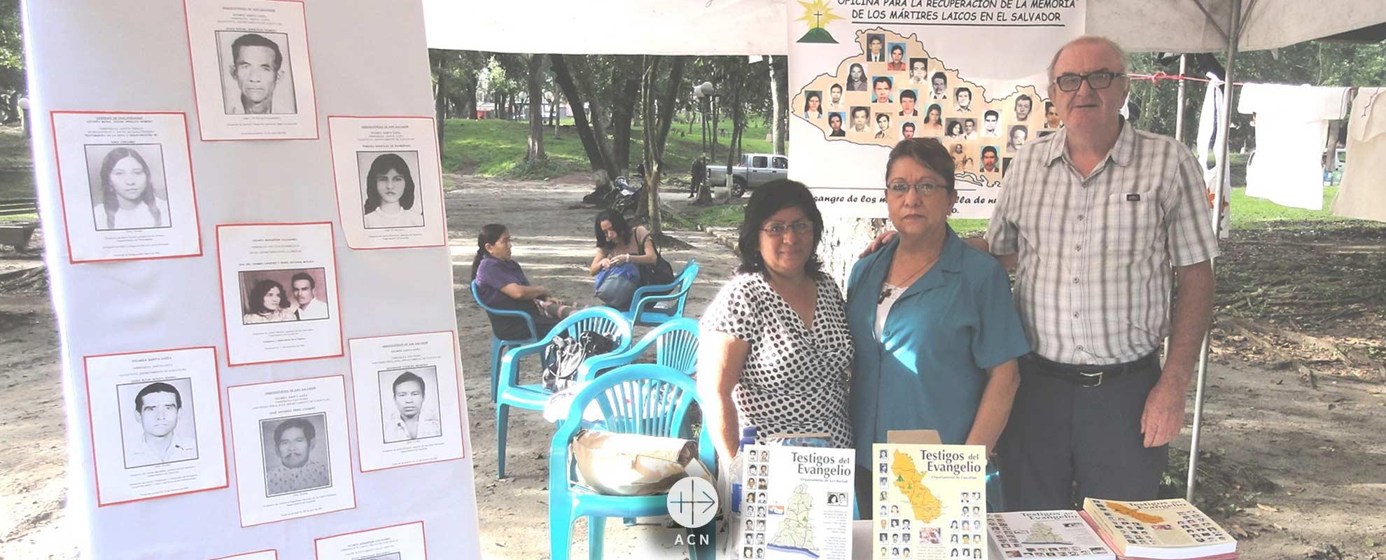 """""""Queremos dignificar a los mártires de El Salvador con la memoria"""", Padre Ciaran O´Nuanain"""