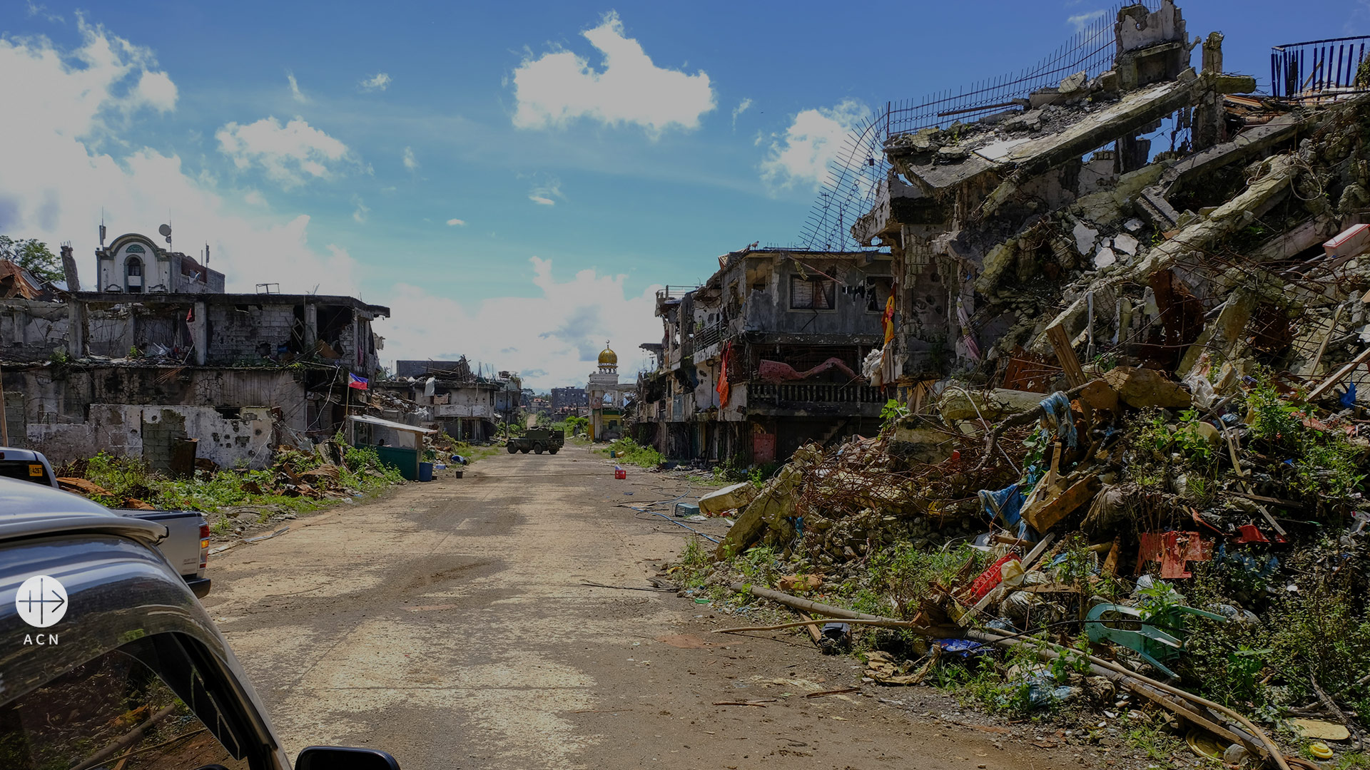 "Philippines: ""The reconstruction of the city of Marawi will take years"""