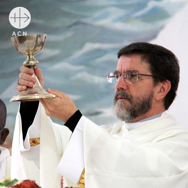 Bishop Luis Fernando Lisboa of Pemba