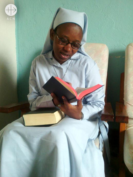 Success Story: Prayer books for religious sisters in Tanzania