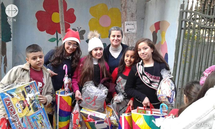 Children Gifts for Christmas in Aleppo 2017