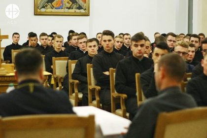 """Education grant for 213 seminarians in the inter-diocesan Seminary """"sv. Yosafat"""" in Ivano-Frankivsk for 2018/2019."""