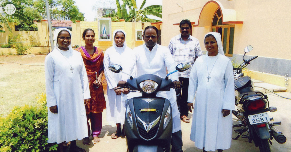 India. Four mopeds for the pastoral and social work among the Catholic faithful of the diocese of Eluru