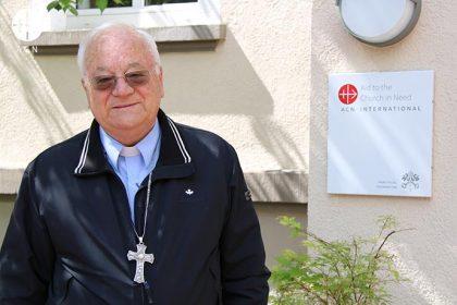 Monseñor Ilario Antoniazzi , arzobispo de Túnez.