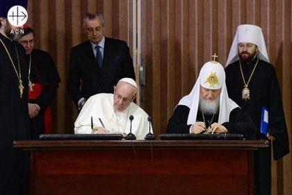 Cuba, Havanna: 12. February 2016: Pope Francis and Patriarch Kirill of Moscow and all Russia signing their Joint declaration.