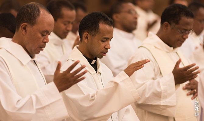 Im Juli 2017 wurden alle Ausbilder der Seminare von den Legionären Christi für einen fünfwöchigen Kurs nach Rom geschickt.