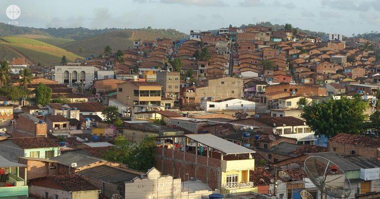 Brasil: Una iglesia parroquial en Camela