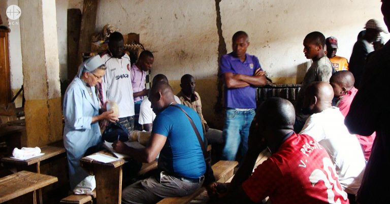 Cameroon: conversion in Prison