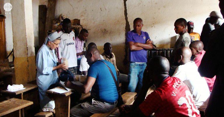 Camerun: conversion en la carcel