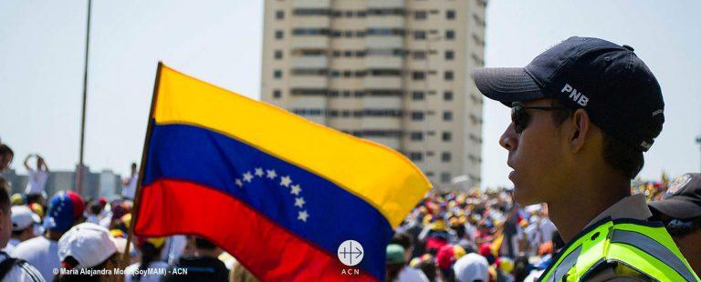 La Iglesia venezolana pide paz, transparencia y ayuda humanitaria