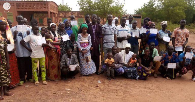 Los cristianos del norte de Burkina son atacados, expulsados y asesinados pueblo por pueblo