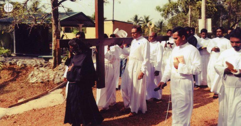 """Sri Lanka: Los atentados de bomba contra iglesias el Domingo de Pascua son """"un crimen contra la humanidad"""""""