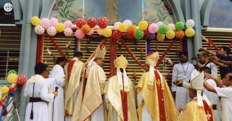 Success Story: a church and community centre for the parish of Nayanagar in Bangladesh