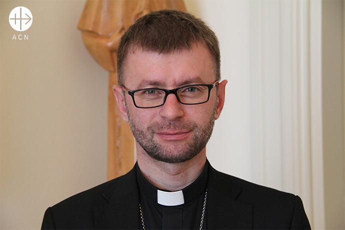Mons. Edward Kawa, obispo auxiliar de la archidiócesis de Lviv, en Ucrania occidental.