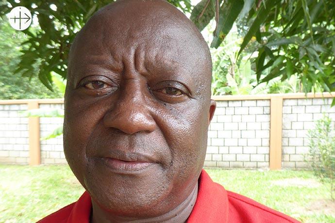 El P. Damas Mfoi es un sacerdote católico que trabaja en el archipiélago semiautónomo de Zanzíbar, en la costa de Tanzania.