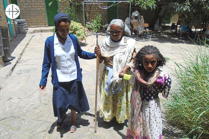 The work of the Daughters of Charity of St Vincent de Paul at Eparchiy of Adigrat in Ethiopia: Children from feeding program with Sr. Medhin.
