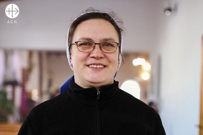 Sor Vera Zinkowska tiene 43 años, nació en Shortandy y es de la congregación de las Hermanas de la Inmaculada Concepción de la Virgen María.