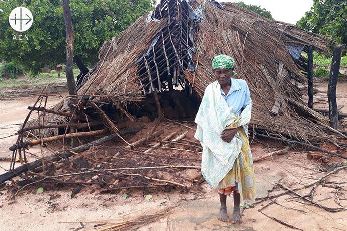 """Construction of Chapels destroyed by the cyclone in January 2018, Parish of """"Nossa Senhora da Assunção"""", Netia-Natete."""