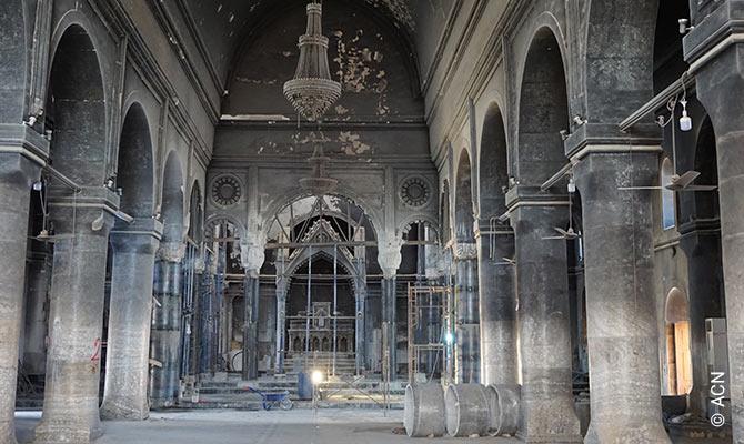 """El arzobispo siro-católico de Mosul, Mons. Petros Mouche, ha dicho en declaraciones a ACN: """"Para nosotros, esta iglesia es un símbolo. Fue construida en 1932 por los propios habitantes de Qaraqosh""""."""