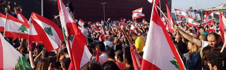 Lebanon: Christians and Muslims united in protests
