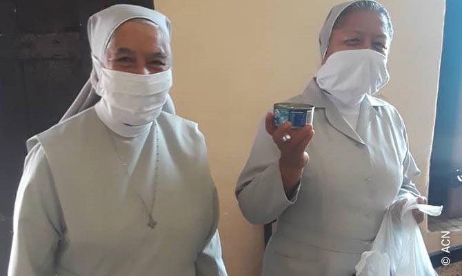 Cuba: Existence aid for 19 Social Sisters working in Havana, Camaguey and Santiago de Cuba.
