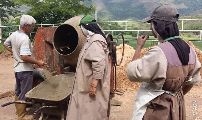 ACN ayuda a las monjas del convento de Santa María Reina de los Ángeles en Valencia, Venezuela.