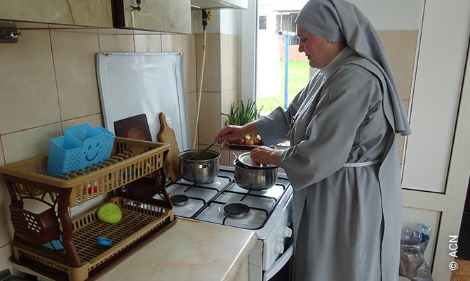 Existence aid for 150 sisters of Kamyanets-Podiilskyi, in Ukraine.