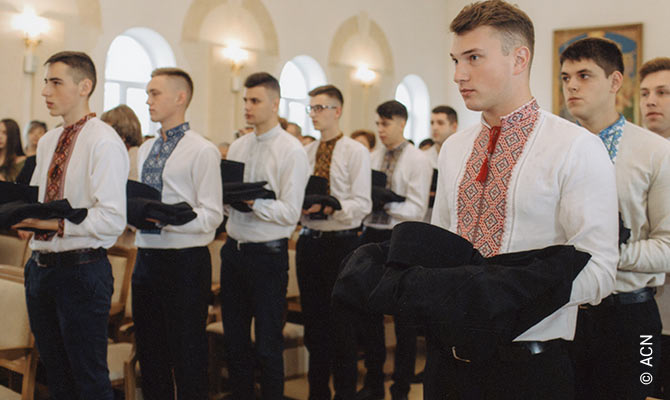 """213 seminarians of the interdiocesan seminary """"Sv. Yosafat"""" in Ivano-Frankivsk were supported by ACN."""