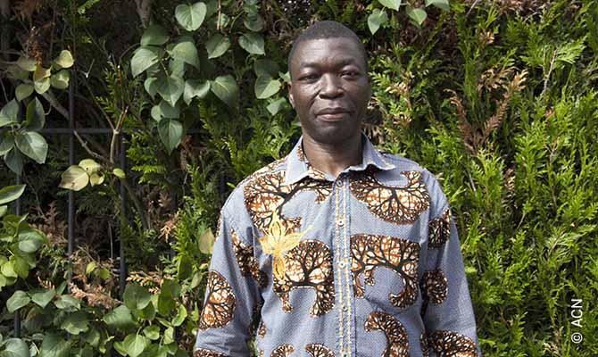 Le Père Léandre Mbaydeyo, originaire du diocèse de N'Djaména au Tchad.