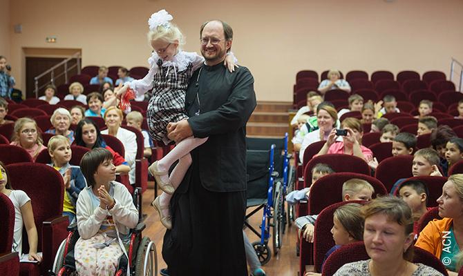Rusia: Apoyo a las obras de renovación del hospicio infantil ortodoxo de San Petersburgo.