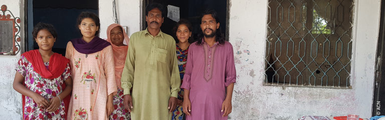 Un católico pakistaní vive oculto tras su absolución por blasfemia hace ya dos décadas