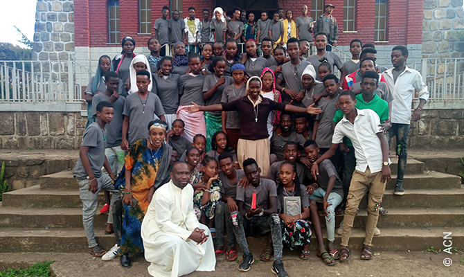 Support for the youth apostolate in a remote region in the south of the country.