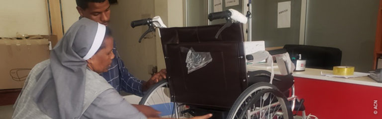 Ethiopia: two hospital-type beds and two wheelchairs for elderly religious sisters