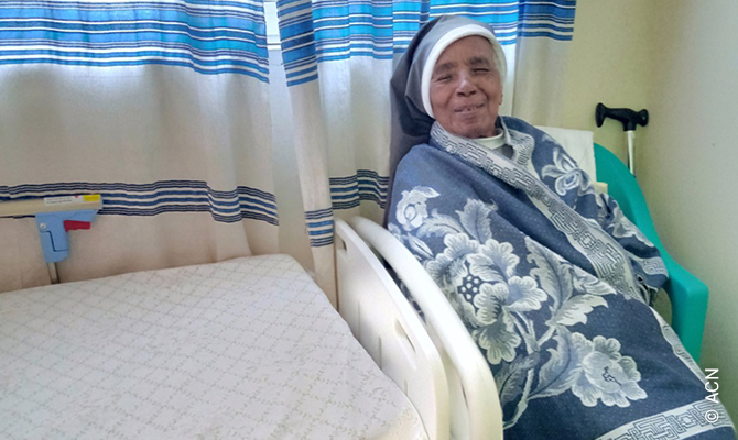 Ethiopia: two hospital-type beds and two wheelchairs for elderly religious sisters.
