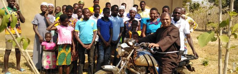 Ghana: Ein Fahrzeug für die Kapuziner in der Pfarrei St. Michael in Kpassa