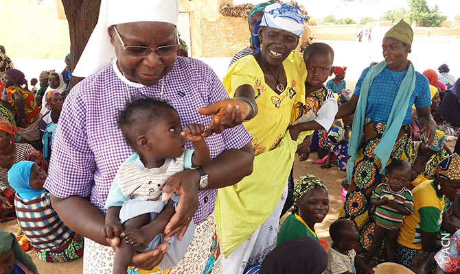 """In Maradi, in the south of Niger, Marie-Catherine founded the """"Fraternité des Servantes du Christ"""", an order that does social and charitable work."""