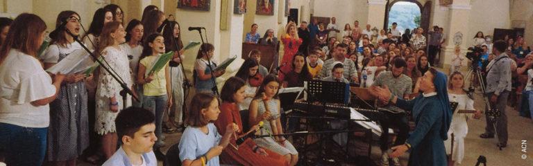 Ucrania: Equipamiento técnico para los encuentros juveniles ecuménicos anuales de los Franciscanos en el santuario mariano de Bilshivtsi