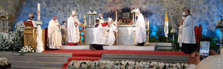 Con motivo de la beatificación de un médico rural y científico, el papa Francisco expresa deseo de visitar Venezuela