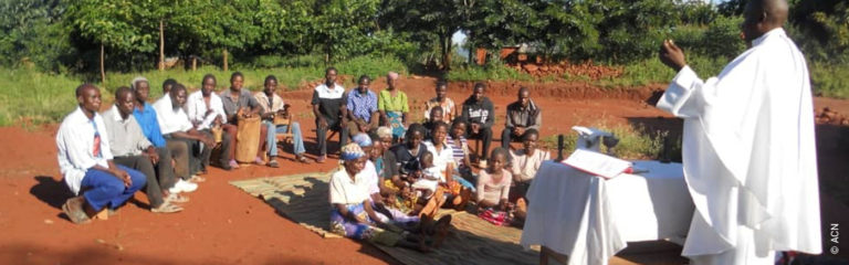 Malawi: A new chapel for the Catholics of Saint Joseph's outstation in the village of Mathotho