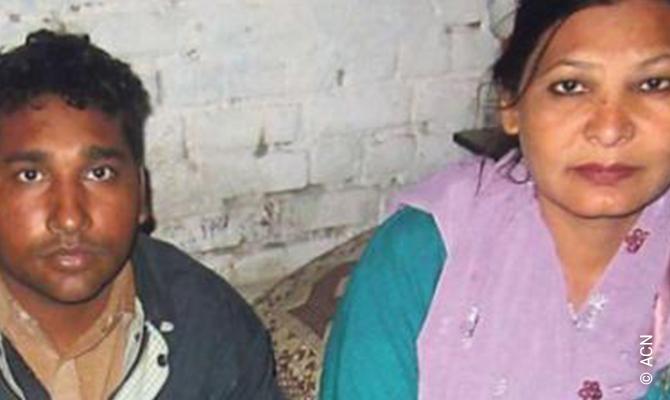Shagufta Kausar y su marido, Shafqat Masih.