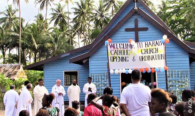 Due ordinazioni sacerdotali sono state l'apogeo del giubileo della diocesi di Gizo.