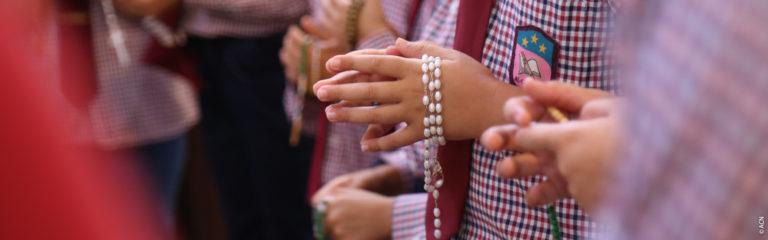 Niños del Líbano animan a unirse a la campaña del 18 de octubre