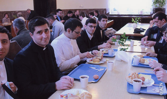 Training of seminarians from the diocese of Iași.