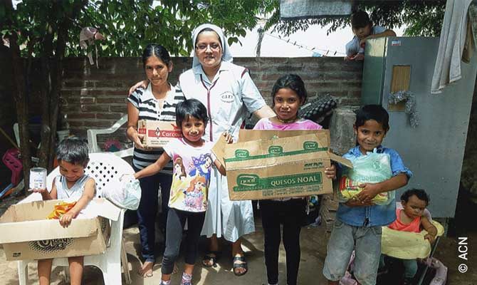 ACN supports 38 nuns who work in the P.R.S. Peña Diocese.