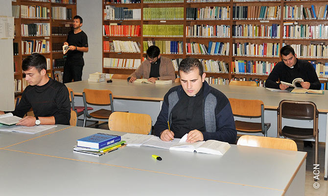 Joint training of seminarians from Albania and Kosovo.