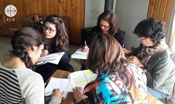 Formation de 21 professeurs de religion au vicariat d'Aysen au Chili.